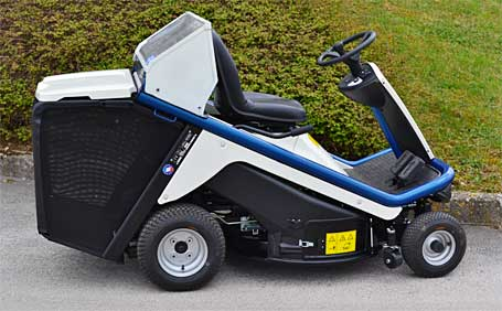 Hydrogen Riding Lawnmower