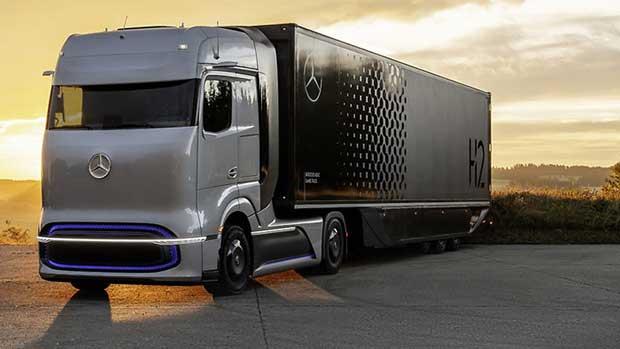 Daimler Fuel Cell Truck